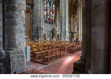 Beauvais, France - July 08, 2019: Interior Of The Eglise Saint Etienne Or Saint Etienne Church, Anci