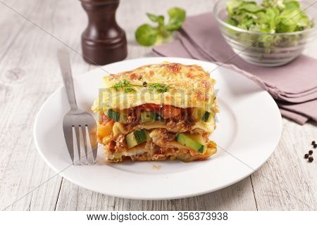 vegetable lasagne with zucchini and tomato sauce