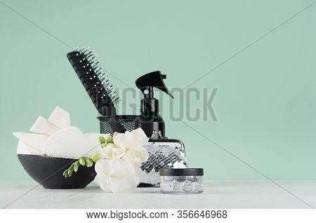 Fashion Bathroom Black Accessories In Green Mint Menthe Interior  - White Flowers, Spray Bottle, Com