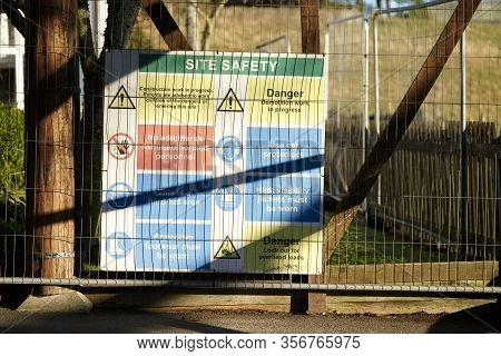 Construction Building Health And Safety Sign Uk