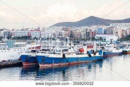 Las Palmas De Gran Canaria, Spain - November 4:  Ships Are Pictured Docked In Port Las Palmas De Gra