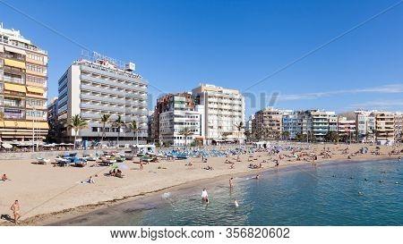 Las Palmas De Gran Canaria, Spain - November 4:  Las Canteras Beach In Las Palmas De Gran Canaria, S
