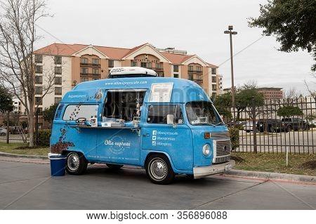 San Antonio, Tx - 24 Jan 2020: Blue Vw Food Truck Van Serves Hot Coffee