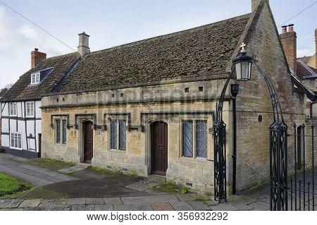 Old Cottages, St John's Walk, Devizes