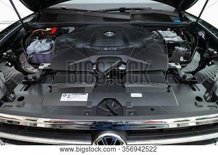 Novosibirsk, Russia - March 09, 2020:  Volkswagen Touareg, Close Up Detail Of  Car Engine, Front Vie