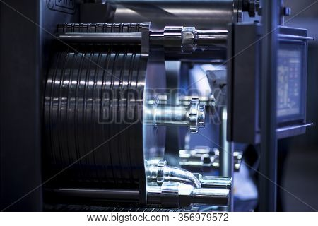 A Cnc Milling Machine Milling Heads Metal Industry