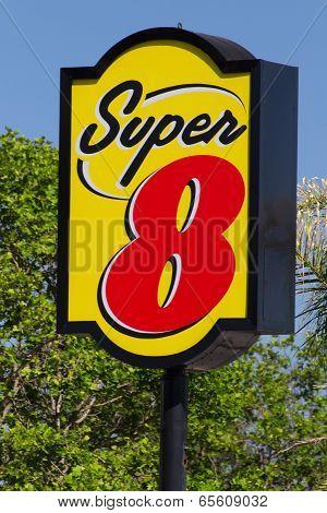 Super 8 Motel Sign