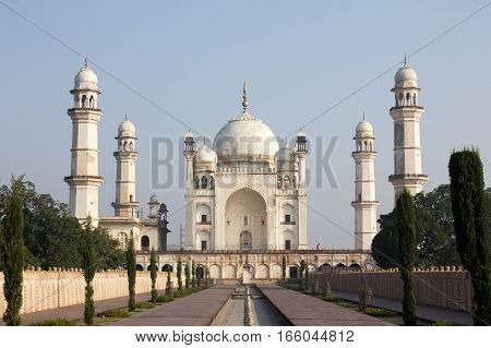 Bibi ka Maqbara located in Aurangabad India