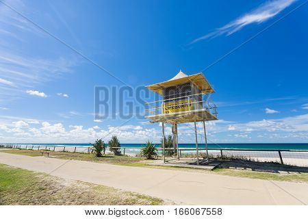 Lifeguard tower on a Gold Coast beach, Gold Coast, Queensland, Australia. - Miami - Burleigh Heads.