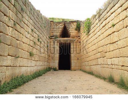 Entrance of the Beehive Tomb, Treasury of Atreus, Archaeological Site of Mycenae, Peloponnese Peninsula, Greece