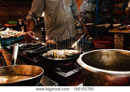 India Goa Fish coocking chef cafe pan