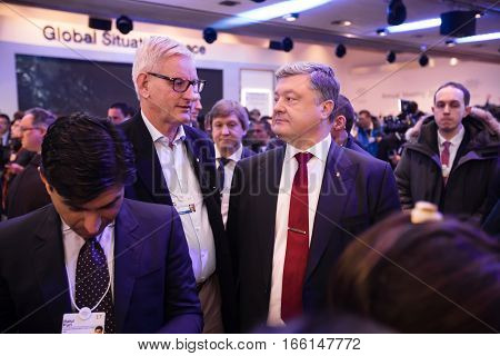 Petro Poroshenko And Carl Bildt