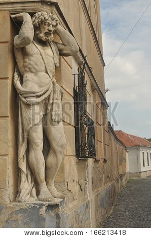 Sculpture Atlanta Heracles on the building in Europe