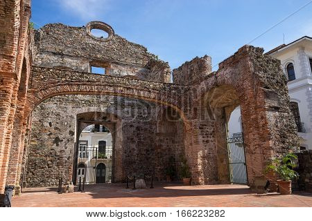 colonial church ruins in Casco Viejo Panama City