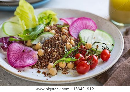 Red Quinoa with Chicpea and Radish salad
