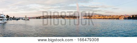 Panoramic view of Geneva lake and the Jet d'Eau fountain