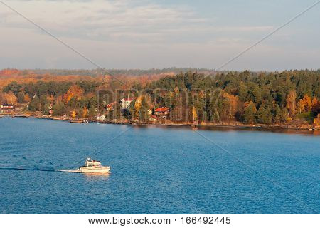 The Coast Of The Baltic Sea In Clear Autumn Day