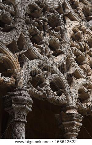 Detail of cloister of the Monastery of Santa Maria da Vitoria Batalha Centro region Portugal