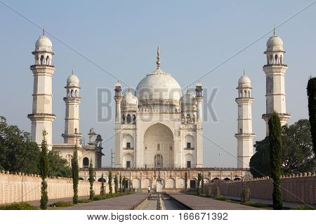 Bibi ka Maqbara stated in Aurangabad India