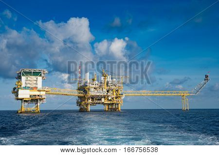 Offshore oil and gas business accommodation platform central processing platform and flare platform