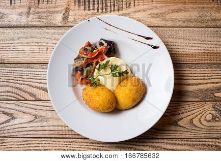 Mashed Potatoes With A Cutlet