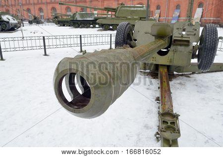 22.01.2017.Russia.Saint-Petersburg.An artillery gun is striking in its strength and powerlike weapons.
