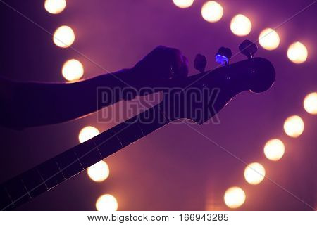 Live Music Background, Guitarist
