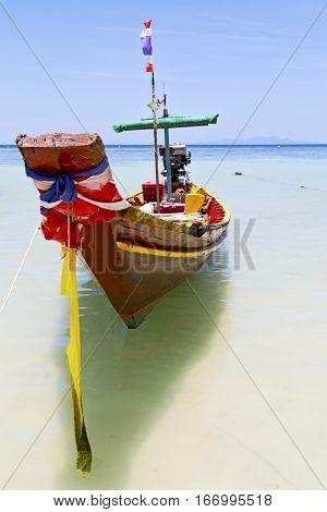 Prow Thailand  Kho Tao    And South China Sea