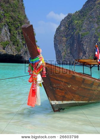 Long-tail boat in the Maya bay of Phi-Phi island