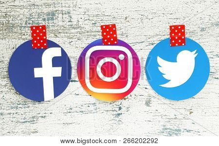 Kiev, Ukraine - September 27, 2018: Facebook, Instagram And Twitter Round Icons Printed On Paper And
