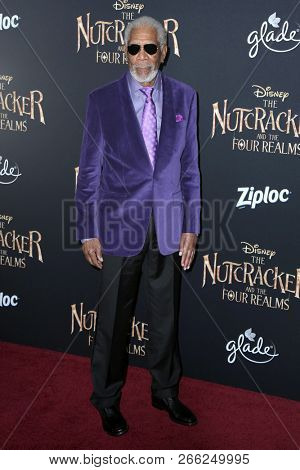LOS ANGELES - OCT 29:  Morgan Freeman at