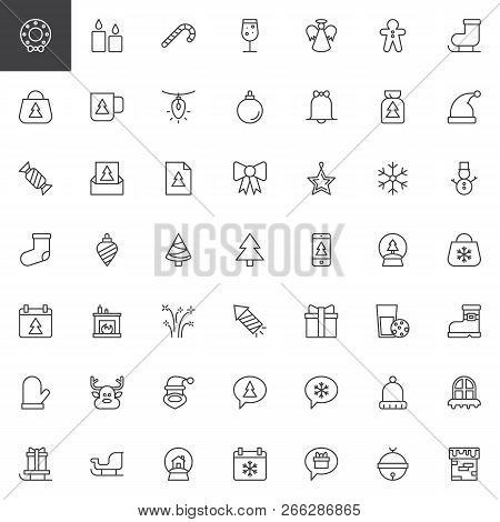 Merry Christmas Outline Icons Set. Linear Style Symbols Collection, Line Signs Pack. Vector Graphics