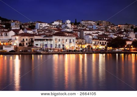The town of Pylos southern Greece captured at dusk poster