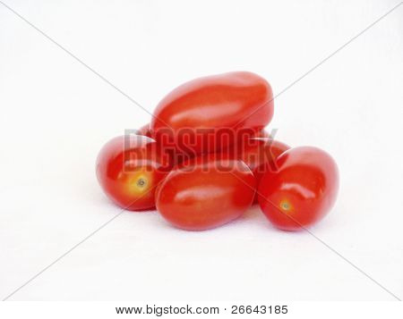 Few tomatoes