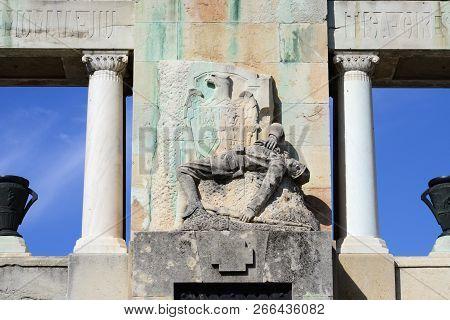 Drobeta Turnu Severin City Romania Monument Of Heroes Landmark Detail
