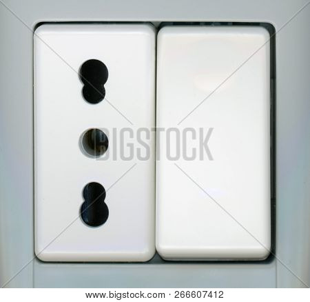 Power Switch And European Electrical Socket For Type C And Type L Plug