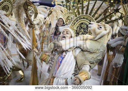 Rio De Janeiro, Brasil-  February 29, 2020: Samba Parade At The 2020 Carnival Champions Parade, Samb