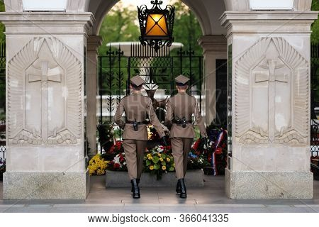 Warsaw, Poland - April 26, 2019: Honor guard at the tomb of the unknown soldier at the Pilsudski Square. Monument in honor of Second World War in Warsaw, Poland