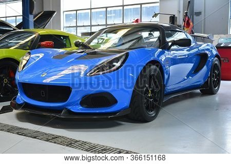 Taguig, Ph - July 13 - Lotus Elise On July 13, 2019 In Bonifacio Global City, Taguig, Philippines.