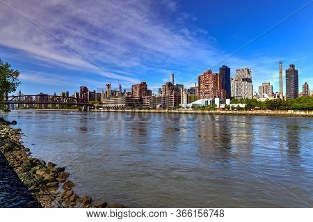 View Of Roosevelt Island From Rainey Park In Queens, New York City.