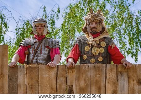 Alba Iulia, Romania - May 04, 2019: Legionary Of Legio Xiii Gemina Posing During The Festival Roman