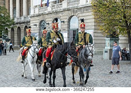 Budapest, Hungary - October  11, 2019: View Of Hungarian Hussars Parade And Tourist At Buda Castle I