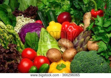 Colorful Appetizing Fruits And Vegetables Arrangement, A Delicious Looking Closeup Studio Shot Motiv