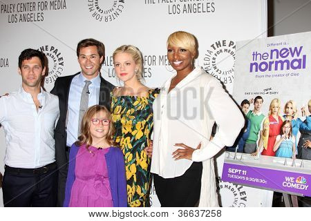 LOS ANGELES - SEP 5:  Actors Justin Bartha, Andrew Rannells, Georgia King, Bebe Wood, NeNe Leakes arrives at