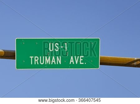Signage Us Highway No 1 Called Truman Ave Starting In Key West With Traffic Lights Under Blue Sky