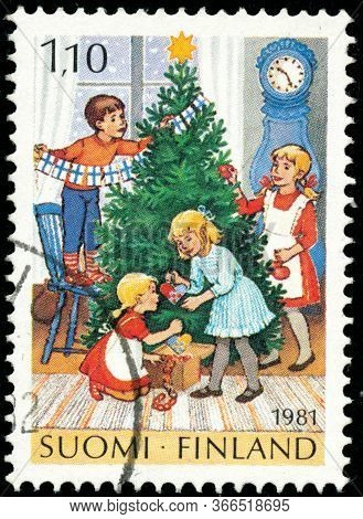 Vintage Stamp Printed In Finland 1981 Show Christmas