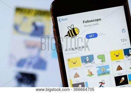 New York, Usa - 15 May 2020: Folioscope Mobile App Logo On Phone Screen, Close-up Icon, Illustrative