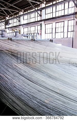 Cotton Thread Lines For A Copwinder Weft Assembly Line Loom