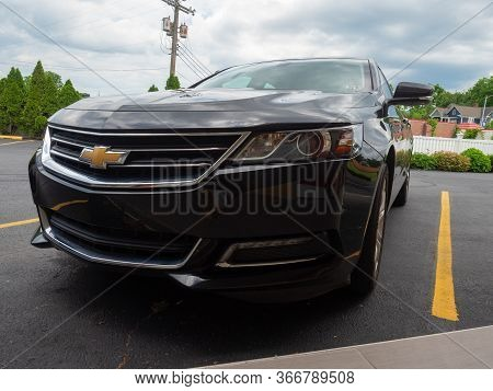 Luray, Usa - June 6, 2019: Image Of The Front Grill Of A 2014 Chevrolet Impala.