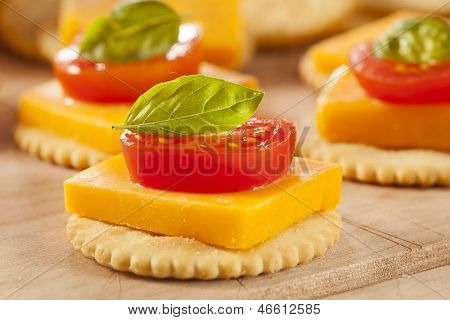 Chedder Cheese And Cracker Appetizer